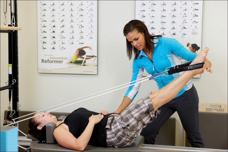 Physical therapist treating a patient at Skye Health