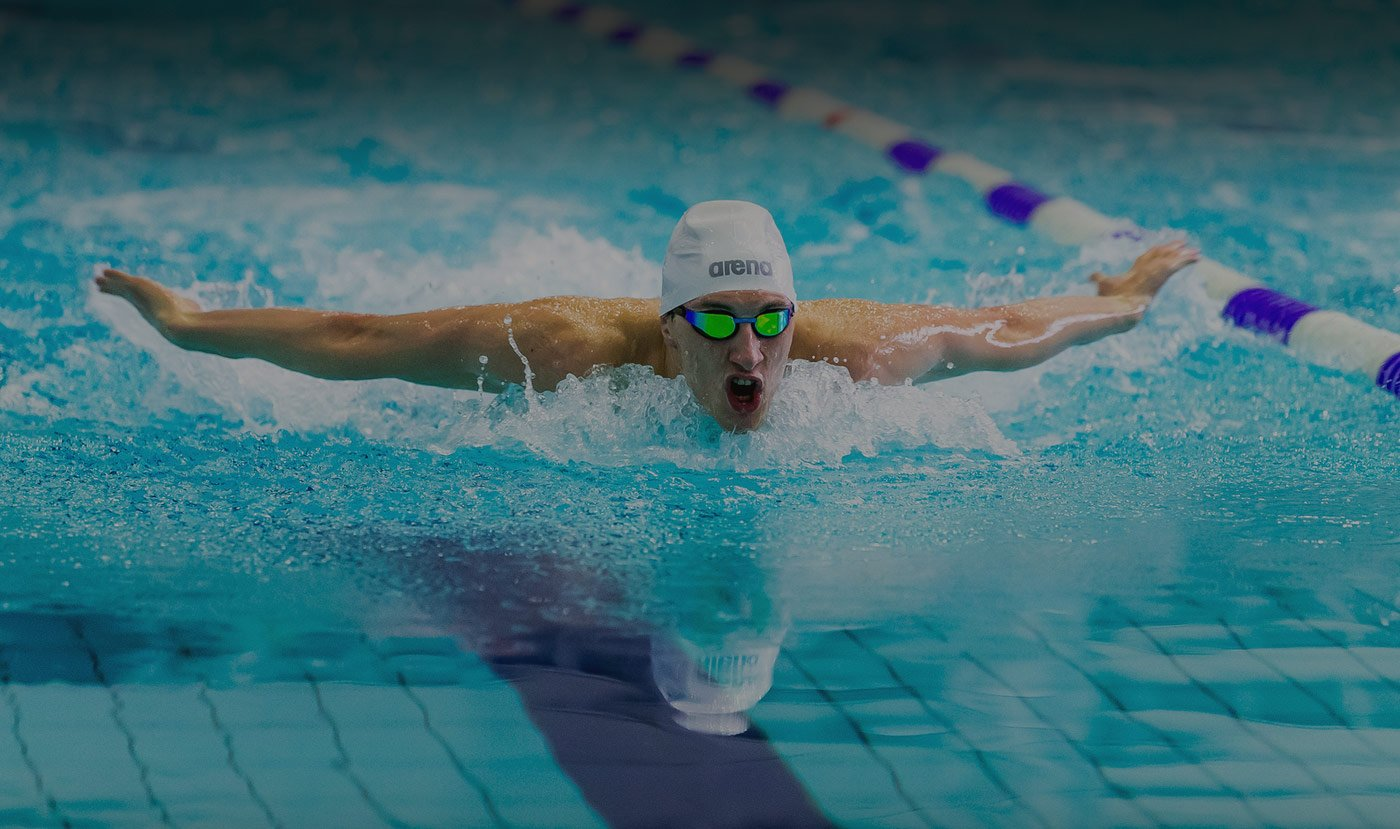 Image of man swimming for physiotherapy clinic in London, Ontario