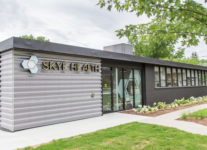 Exterior photo of our pilates, massage therapy, and physiotherapy clinic in London, Ontario